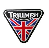 bordas de ferro bordado venda por atacado-Alta Qualidade 10 * 8 cm A Union Flag TRIUMPH Remendo Bordado De Ferro no Remendo para Roupas