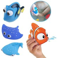 spray toys - Soft Plastic Water Spraying Fish Toys Dolly Manta Shark Clown Fish Bath Toys Sand Playing Toy for Kids