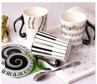 ingrosso porcellana di musica doni-All'ingrosso- 2016 Nuovo Lovey White Music Tazza Mug Note di personale Tastiera di pianoforte Tazza di ceramica Tazza di porcellana Tazza di caffè con coperchio Regalo creativo