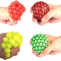 Wholesale Funny Toy Anti Stress Reliever Grape Ball Creative Water Polo Joke abreact Extrusion Relief Healthy Funny Trick Latex Fool sDay