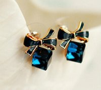 Wholesale Cube Bow Earrings - 2017 New jewelry Shimmer Chic fashion Gold Bowknot Cube Crystal Earring Gold Square bow Stud Earrings for Women G543