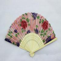 ingrosso arte pieghevole cinese-Ventaglio di bambù cinese pieghevole fan di mano fan Art Handmade Flower Lady ventola 21 centimetri sul colore casuale