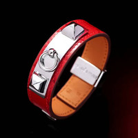 Wholesale European Style Wedding Gift - New 18mm women's leather, rivet, bracelet, fashion ball, elegant jewelry, European and American style gifts, free delivery