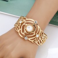 Wholesale Baroque Bangles - Ethnic Baroque Women Flower Bangles Bracelet Antique Gold Color Jewelry Hollow Rhinestone Bangle Bridal Wedding Jewelry