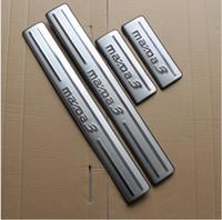kapı eşik çizik koruyucuları toptan satış-Ücretsiz kargo! Yüksek kalite 4 adet kapı eşikleri itişme plaka, kapı eşikleri koruma çubuğu, kapı eşikleri MAZDA 3 M3 Angko Için koruma plakası (2014-2017)