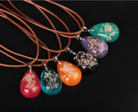 Wholesale Drip Lucite - Transparent Water Drip Dried Flowers Pendant Necklace Fashion Glow In The Dark Choker Jewelry With 45cm Wax Rope Chain