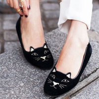 Wholesale Outfit Shoes Women - 2017 Autumn Cute Black Kitty Embroidered Velvet Smoking Slippers Shoes Women Outfit Fashion Brand Round Toe Slip On Leather Loafer Flats