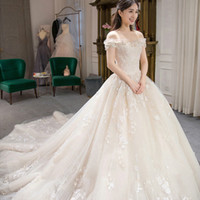 Wholesale Dress Whit Lace - 2017 Whit Boat Neck Short Sleeves Ball Gown Appliques Beading Lace Feather Wedding Dress Elegant Tiered Skirts Dress