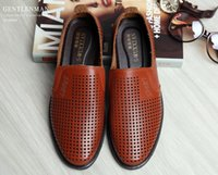 Wholesale Rubber For Hand Made Shoes - 2017 Hot Sale Fashion Summer Shoes for Man Flat Slip On Driving Shoes Moccasins Hand Made Mens Leather Shoes Casual Loafers size:39-44 AX11