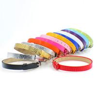pu diy armbänder großhandel-Schlangenhaut-Oberflächen-PU-Leder-Armbandarmband des Großverkauf-100pcs / lot 8mm passendes für 8mm diy Diabuchstaben