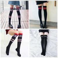 calcetines largos de la escuela al por mayor-Vetements High Stockings Mujer Chica Escuela College Street Medias hasta el muslo Carta Impreso Calcetines largos Calentadores de piernas 2pcs / pair OOA3784