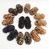 Wholesale leopard baby shoes online - Baby Moccasins Genuine Leather Horsehair Leopard Print Baby Walking Shoes Soft Sole Multi Colors Infant Toddler High Quality LLG