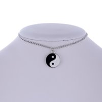 collar de gargantilla de yin yang al por mayor-Mujeres Collar Plateado Gargantilla Redonda Simple Tai chi YIN YANG Collar Colgante para Regalo de las niñas wholesae