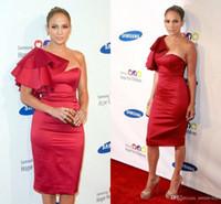 un vestido de hombro rojo al por mayor-2017 mujeres baratas atractivas vestidos de fiesta de coctel cortos vaina barata un hombro hasta la rodilla vestidos de noche de dama de honor del vino rojo Vestidos de celebridades