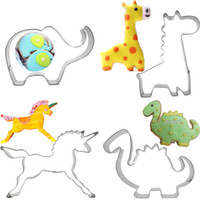 Wholesale metal cake cutter - 4pcs giraffes unicorn Animals Cookie Biscuit cutter elephant Baking tool dinosaur Cake Chocolate Cutter Mold