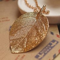 Wholesale cheap women costume jewelry for sale - Leaf Design Jewelry Cheap Costume Jewelry Gold Plate Color Alloy Designer Pendant Necklace New for Women Fashion Female Jewelry