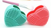Wholesale Pad Eggs - Fashion Brush Egg Cleaning Heart Shape Makeup Washing Brush Pad Silicone Glove Scrubber Cosmetic Foundation Powder Clean Tools