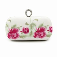 Wholesale Chinese Hand Clutch - Handmade Flowers Clutch Chinese Style Embroidery Flower Cotton Hand Bag Ring Diamond Chain National Wind Vintage Evening Handbags