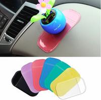 matte farbe autos großhandel-Große Size13cm * 7cm niedlich einfach zu verwenden 100% Anti Slip Super klebrige Saug Auto Armaturenbrett Magie klebrige Pad Matte für Handy PDA mp3 mp4 alle Farbe