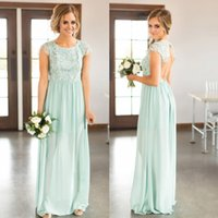 Дешевые Mint Green Lace Country Bridesmaids Dresses Long Jewel Neck Chiffon Backless Wedding Guest Dress Длина пола Maid Of Honor Gowns