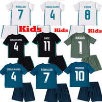 b6bd870e4 Kids 2017 2018 Real Madrid Home Away Green third RONALDO ASENSIO SERGIO  RAMOS MODRIC Bale MARCELO ISCO boy Soccer Jerseys 17 18 NAVAS Shirts ...
