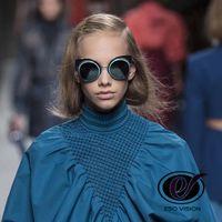 gafas de sol reflejadas al por mayor-Cat Eye Fashion Gafas de sol redondas rojas para mujer y hombre Negro Nueva protección UV Reflect Designer Gold Sunglasses Pink Venta de China