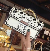 Factory Wholesa Brand Summer Rivet Cadeia Pacotes Europe E Estados Unidos Fan Leather Handbag Cadeia Rivet Mulheres Single Shoulder Bag His