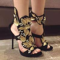 yaprak topuklu toptan satış-Altın Yaprak Yaz Gladyatörler Kadın Ayakkabı Stiletto topuk Hakiki deri Açık ayak Kayışı Yaz Sandalias Bayanlar Düğün Pompaları Boyutu euro 42