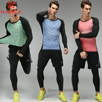 Wholesale Pieces Mens Sports Suits Running Clothes For Men Short Compression Tights Gym Fitness T Shirt Cropped Pants Quick Dry Sets