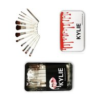 Wholesale Cosmetic Plastic Boxes - 12 PCS Kylie Makeup Brushes Professional Brush Kits Brands Foundation Make Up Beauty Tools Cosmetic Brush Sets in Retail Iron Box