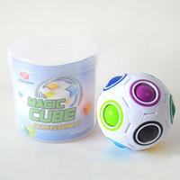 primeros juguetes de plastico al por mayor-Nuevo Rainbow Ball Cubo Mágico Speed Football Diversión Creativo Rompecabezas esféricos Niños Juguetes Educativos de Aprendizaje juegos Niños Adultos Regalos WX-T75