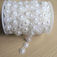 Wholesale Clothing Accessories Beads Pearls - 17 mm white new sunflower wiring fake pearl beads plastic bead chain clothing DIY Accessory.