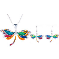 Hot Sell Enamel Multicolor Alliage Unique Dragonfly Jewelry Set pour Femmes Cadeau Vintage Gothic Dragonfly Necklace Earring Set