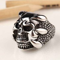 Wholesale- 2016 New Vintage Punk Skull Ring Hommes The Expendables 3 Retro Dragon Claw Biker Rings Jewelry Taille 8 9 10 Pouces