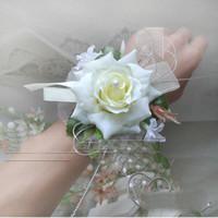 corsage armbänder großhandel-Künstliche Seide Rose Dekorative Blumen Für Dekoration Hochzeit oder Prom Handgelenk Blume Corsage Mit Perle Armband Boda Flore