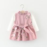 nakış elbisesi kız çocukları toptan satış-Yeni tasarım Kore bebek kız elbise çocuklar sonbahar bahar 3D işlemeli çiçek uzun kollu elbise 2 adet / takım en kaliteli