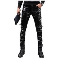 erkekler moda deri pantolon toptan satış-Toptan-Yeni Kış Erkek Sıska Biker Deri Pantolon Moda Sahte Deri Motosiklet Pantolon Erkek Sahne Kulübü Giyim Q2634 Için