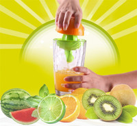 plastik zitruspresse großhandel-Kunststoff Hand Manuelle Orange Zitronensaft Presse Squeezer Bequem Fruits Squeezer Citrus Juicer Obst Gemüse Werkzeuge