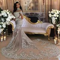 bling seksi gelinlik toptan satış-Dubai Arapça Lüks Sparkly 2019 Gelinlik Seksi Bling Boncuklu Dantel Aplike Yüksek Boyun Illusion Uzun Kollu Mermaid Şapel Gelin törenlerinde