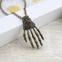 fancy link kette großhandel-Unisex Vintage Coole Halskette Skeleton Hand Anhänger Halsketten Bronze Lange Gliederkette Für Phantasie Schmuck Party