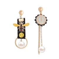 schwarze goldspitze ohrringe großhandel-Einzigartige lange Perlenohrringe Asymmetrische schwarze Spitze Ohrringe Gold Anhänger Ohrringe für Frauen Modeschmuck