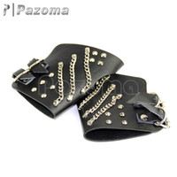 Atacado - nova moda de design Handmade Leather black Fingerless Pair Punk Glove Cross Tag Chain / Stud