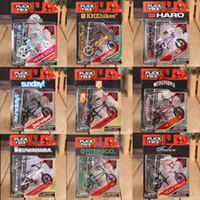 Wholesale finger bmx - Wholesale-Mini Finger BMX Flick Trix Finger Bikes BMX Toys Gadgets For Tech Dec Professional Mini Bicycle Novelty Gag Toys For Boys Games