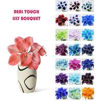 vase de fleurs toucher réel achat en gros de-Vente en gros 50pcs MOQ Real Touch Lys Simulation Bouquets de fleurs de mariage Lis artificiel pour calla pour la décoration de la mariée et de la maison (pas de vase)