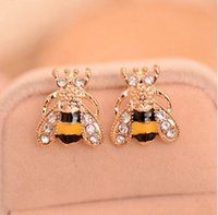 Wholesale Small Stud Earrings Animals - Fashion Cute Women Lady Girl New Hot 2017 Lovely Popular Small Bee Crystal Insect Stud Earrings Gift G554