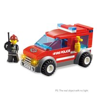 2 Set XIPOO Serie Fuoco 84 pz XP93401 Città Fire Police e 72 pz XP93402 Heroic Fire Fighter Educational Building Blocks Giocattoli