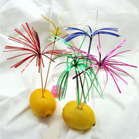 Vente en gros- 80pcs! Firework Cocktail / dessert / fruits Sticks Umbrella choisit des cure-dents d'art Cupcake toppers Wedding Party décoration.