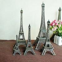 adornos de metal de la vendimia al por mayor-Conjunto de 3 París Eiffel Tower Metal Crafts Souvenir Creativo Modelo de mesa Miniaturas Adornos de escritorio Vintage Figurine Home Decor