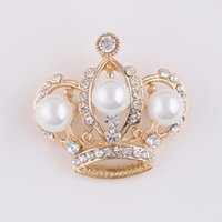 Wholesale Cheap Crown Pins - Wholesale- Fashion gold Crown Brooch Flower cheap Brooches For Women Wedding Bouquets Collar Clip Scarf Buckle Hijab Pins 15012906