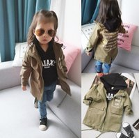 Wholesale Girls Dust Coat - 2017 Autumn Baby Girls Dust Coat Kids Long Sleeve Letters Jacket Children Outwears Jackets Wind Coats Amy Green 13282